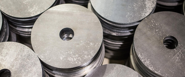 Metallbearbeitung bei der LKM Laseranwendung für Kunststoff- und Metallverarbeitung GmbH in Berlin
