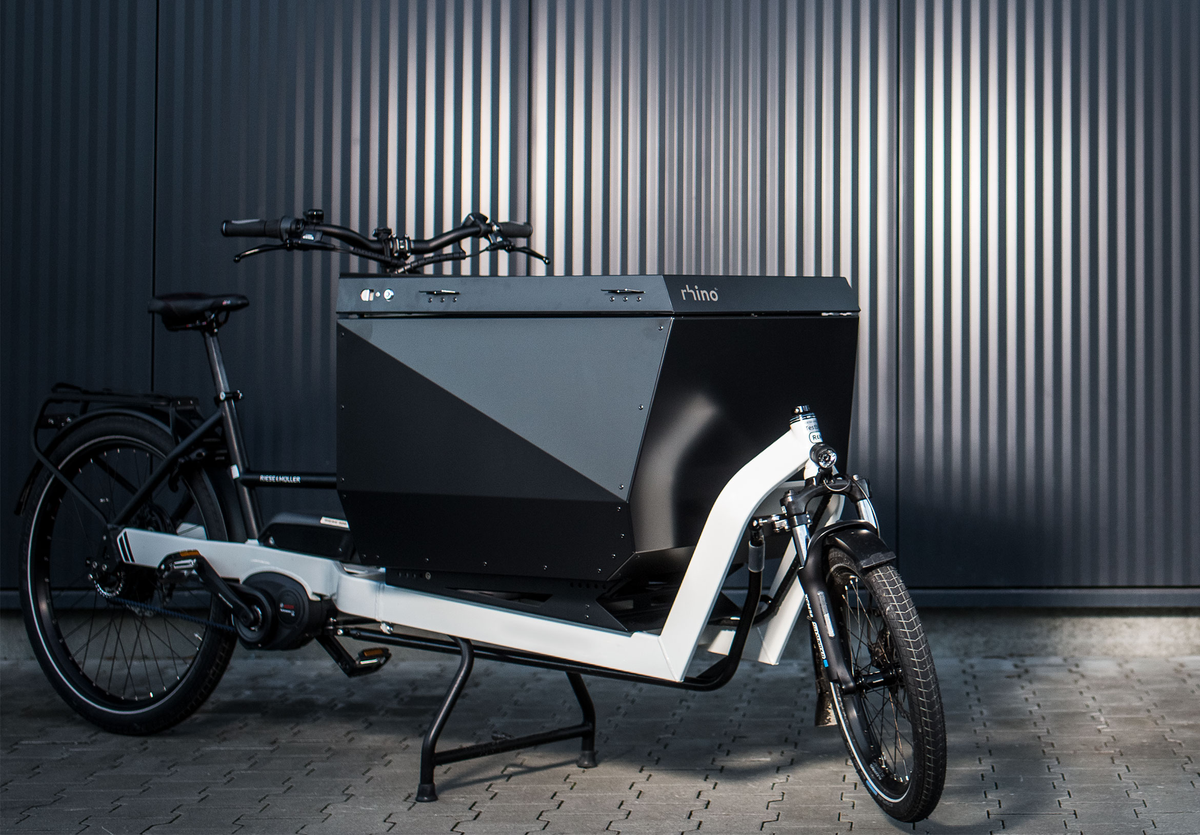 rhino: modular container systems for cargo bikes