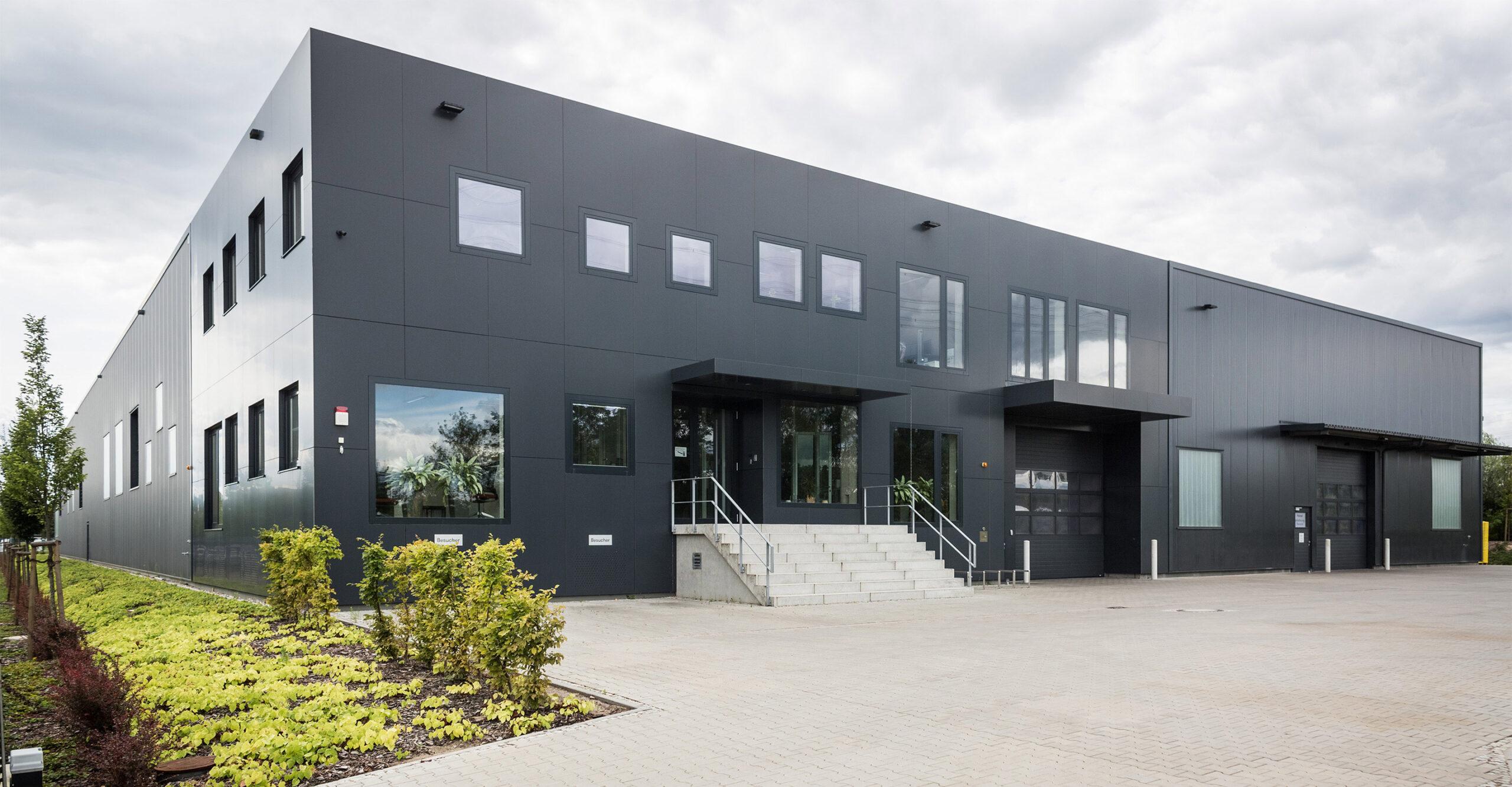 LKM: Spezialisten für die Kunststoff- und Metallverarbeitungs
